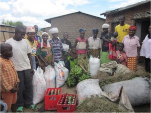 Our individual family sponsorships focus on providing immediate relief. We donate grain, beans, rice, and other basics, where the food can be consumed and surplus sold at the market to generate income.